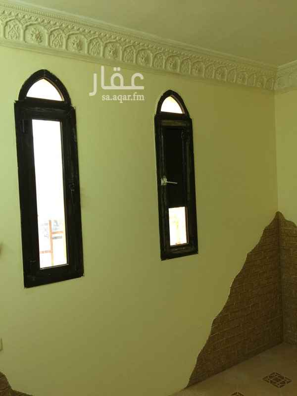 غرفة للإيجار في شارع التحلية ، حي العقيق ، الرياض