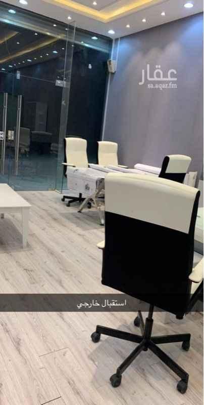 محل للبيع في طريق السيل الكبير ، الرياض