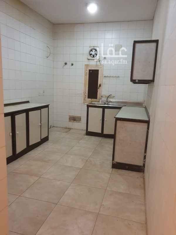 شقة للإيجار في شارع عبدالجليل بن عبدالواسع ، حي الروضة ، الرياض