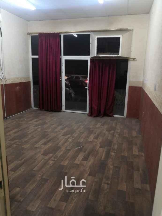 مكتب تجاري للإيجار في شارع المستشفى ، حي العدامة ، الدمام ، الدمام