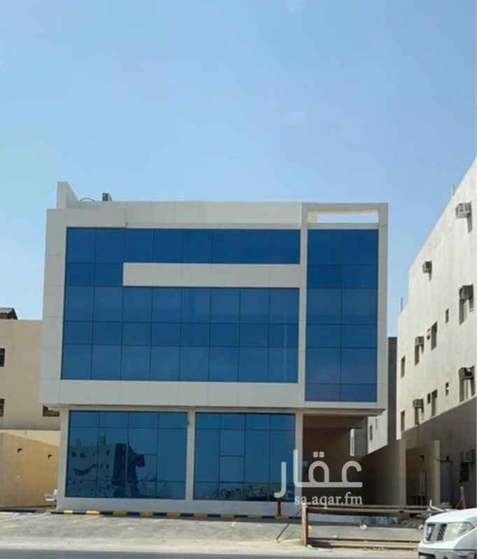 عمارة للبيع في حي ، شارع عبدالله بن العاص ، حي العارض ، الرياض