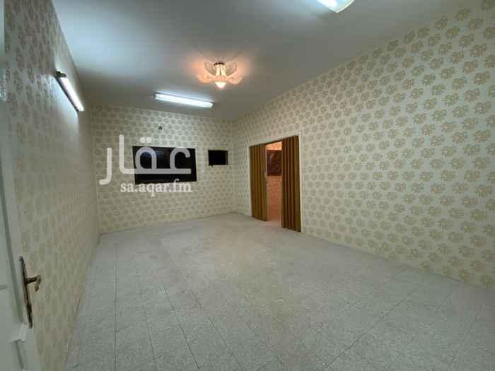 شقة للإيجار في شارع الأمير متعب بن عبدالعزيز ، حي الربوة ، الرياض