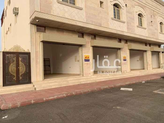 محل للإيجار في شارع عبدالله بن أبي يحى ، حي الملك فهد ، المدينة المنورة