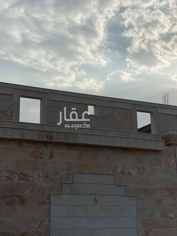 عمارة للبيع في شارع عثمان بن بشر بن دهمان ، حي قلعة مخيط ، المدينة المنورة