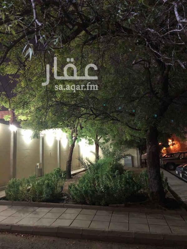 فيلا للبيع في شارع نور الدين ابن الصباغ ، حي الامير فواز الجنوبى ، جدة