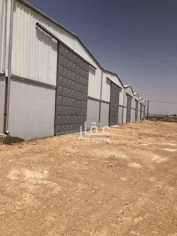 مستودع للإيجار في طريق الملك فهد ، حي القيروان ، الرياض ، الرياض