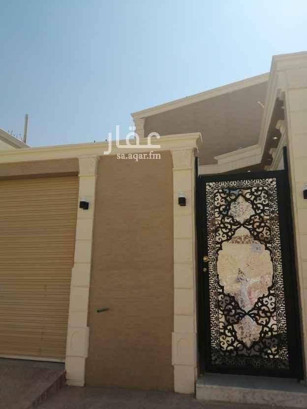 بيت للبيع في شارع الوليد بن عبدالملك ، حي طويق ، الرياض