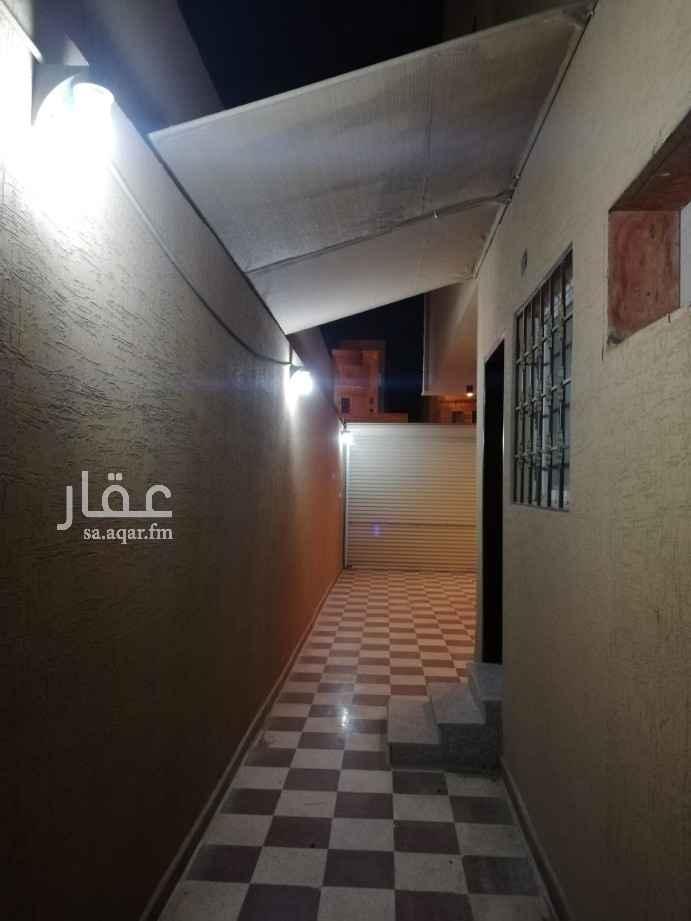 دور للإيجار في حي العزيزية ، الرياض