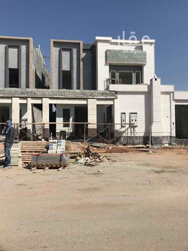 فيلا للبيع في طريق الإمام عبدالله بن سعود بن عبدالعزيز ، حي القادسية ، الرياض