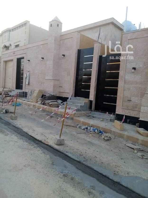 بيت للبيع في شارع حلبان ، حي ظهرة لبن ، الرياض