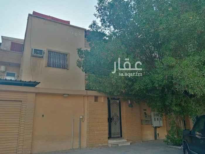 بيت للبيع في شارع بدر ، حي الثقبة ، الخبر ، الخبر