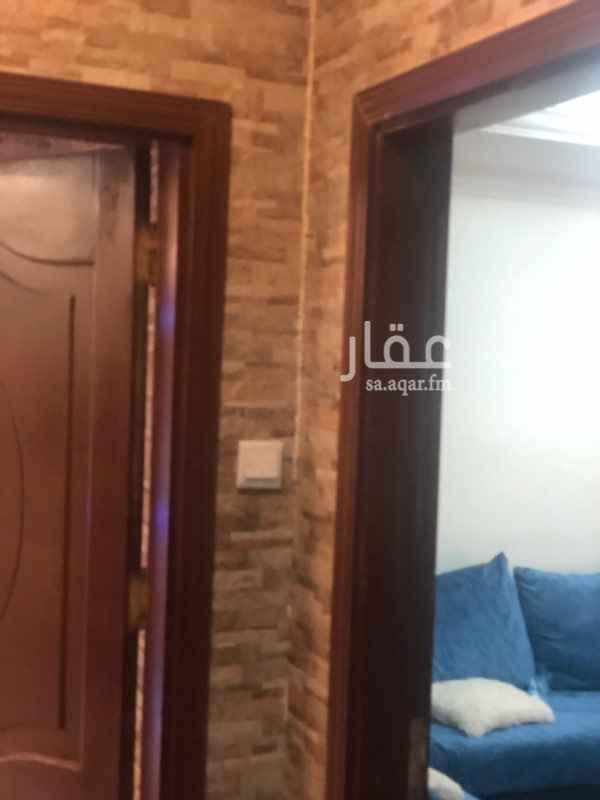شقة للبيع في شارع محمد بن نصر المروزي ، حي الصفا ، جدة ، جدة