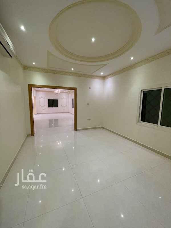 فيلا للإيجار في حديقة حي الربيع ، شارع عبدالعزيز العريفي ، حي الربيع ، الرياض ، الرياض