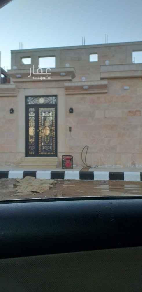 عمارة للبيع في شارع عثمان بن سعيد بن احمر الانصاري ، حي قلعة مخيط ، المدينة المنورة ، المدينة المنورة