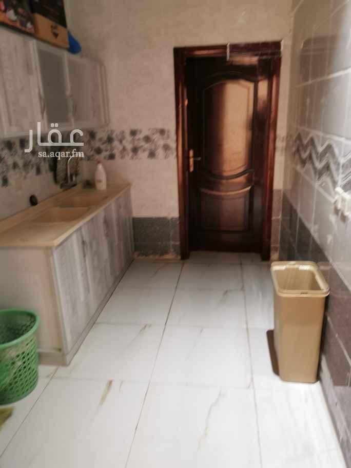 غرفة للإيجار في شارع يزيد بن عبيده ، حي الدفاع ، المدينة المنورة ، المدينة المنورة