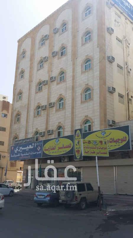 شقة للإيجار في طريق الملك فهد ، حي النهضة ، تبوك