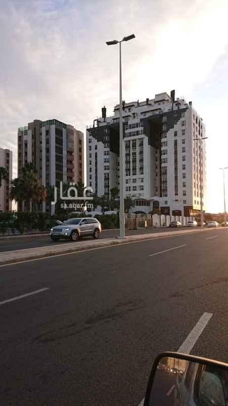 شقة للإيجار في طريق الكورنيش ، حي الشاطئ ، جدة