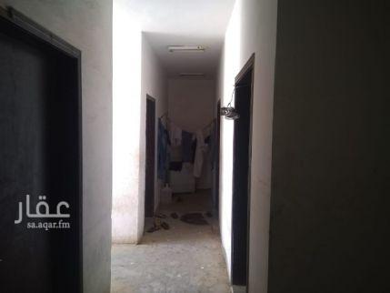 عمارة للبيع في طريق الامير سلمان بن عبدالعزيز ، حي الفاروق ، الرياض