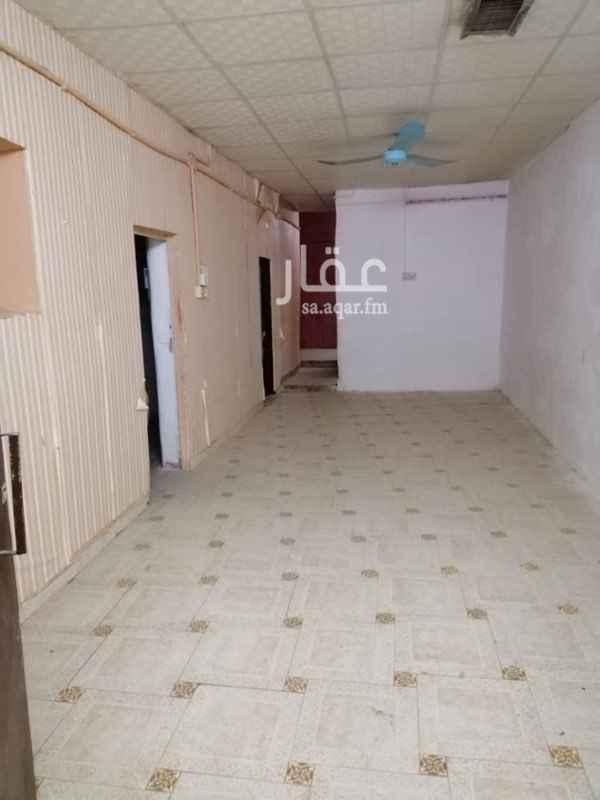بيت للبيع في شارع حسن بن عيدان ، حي الجرادية ، الرياض ، الرياض