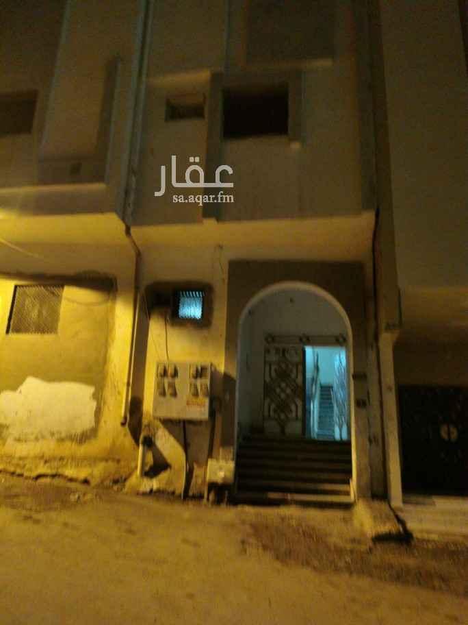 عمارة للبيع في شارع مسلمة بن مخلدة بن الصامت ، حي العنابس ، المدينة المنورة ، المدينة المنورة