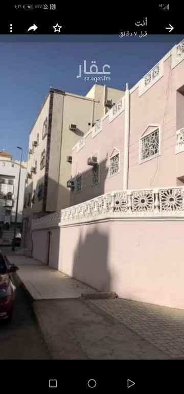 عمارة للبيع في شارع عبيدالله بن المنتاب ، حي بني حارثة ، المدينة المنورة