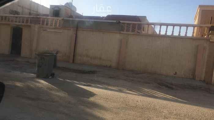 بيت للبيع في شارع صلاح الدين الأيوبي ، حي العزيزية ، حفر الباطن ، حفر الباطن