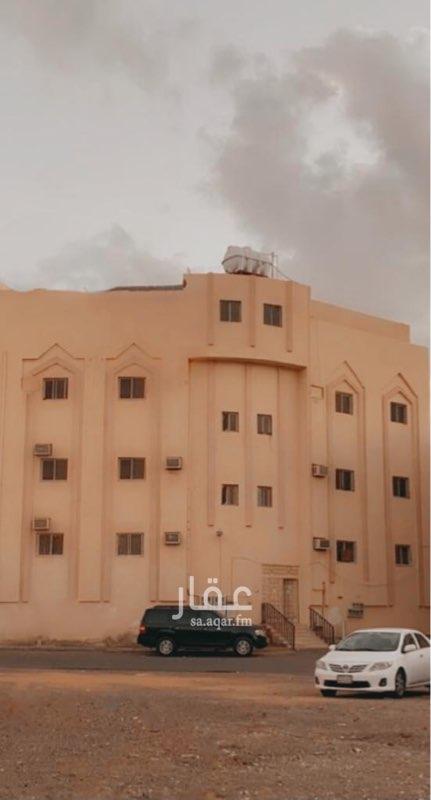 عمارة للبيع في شارع اسماعيل بن ابي زياد ، حي العنابس ، المدينة المنورة ، المدينة المنورة