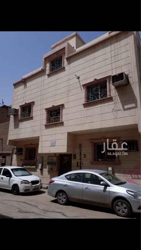 عمارة للبيع في شارع عبدالرحمن الشعبي, منفوحة الجديدة, الرياض