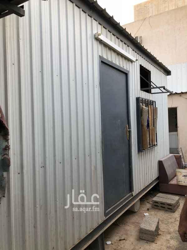 غرفة للإيجار في شارع محمد المقدمي ، حي النفل ، الرياض