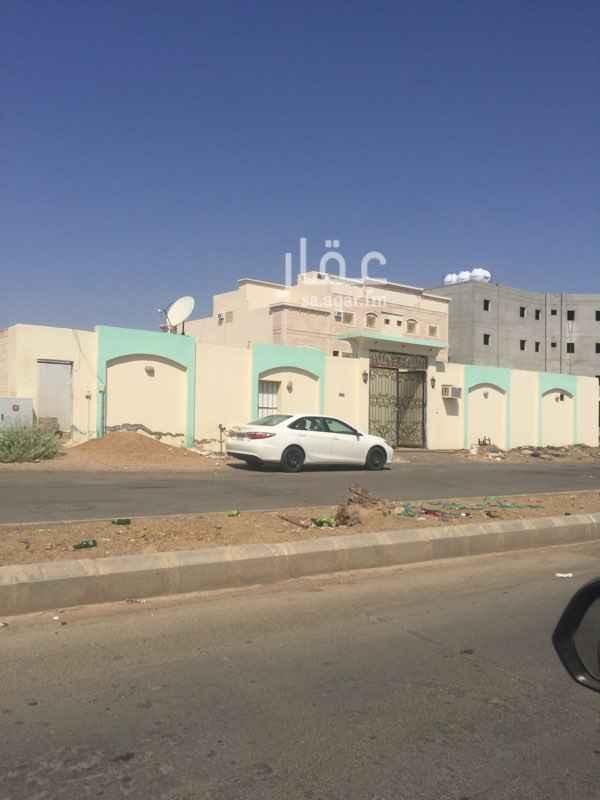 استراحة للبيع في شارع زرعة بن سيف بن ذي يزن ، حي الملك فهد ، المدينة المنورة