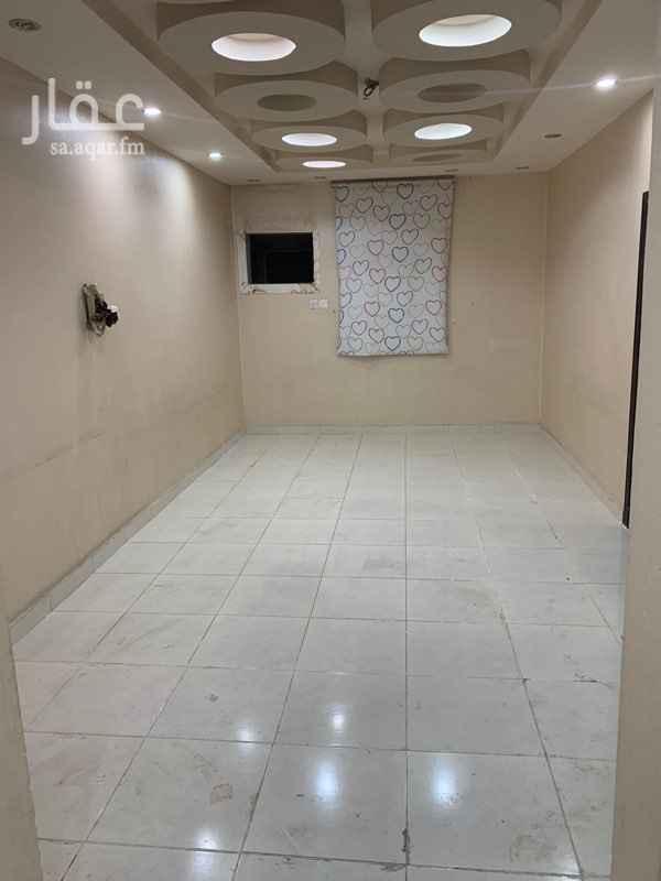شقة للإيجار في شارع عبدالله بن محمد بن عمر ، حي الدفاع ، المدينة المنورة ، المدينة المنورة