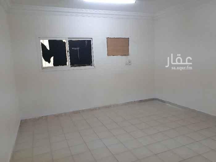 شقة للإيجار في شارع الخفجي ، حي اليرموك ، الرياض
