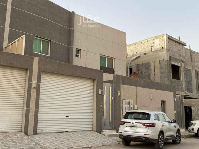 فيلا للبيع في شارع احمد بن شاكر ، حي القيروان ، الرياض ، الرياض