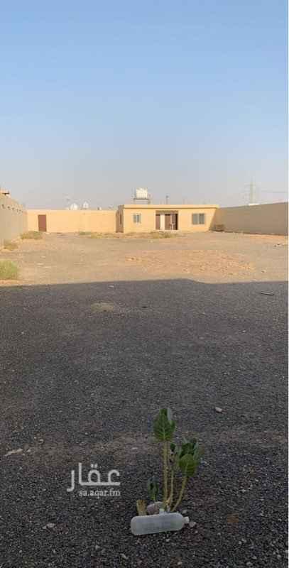 مستودع للإيجار في حي الحزم ، الرياض