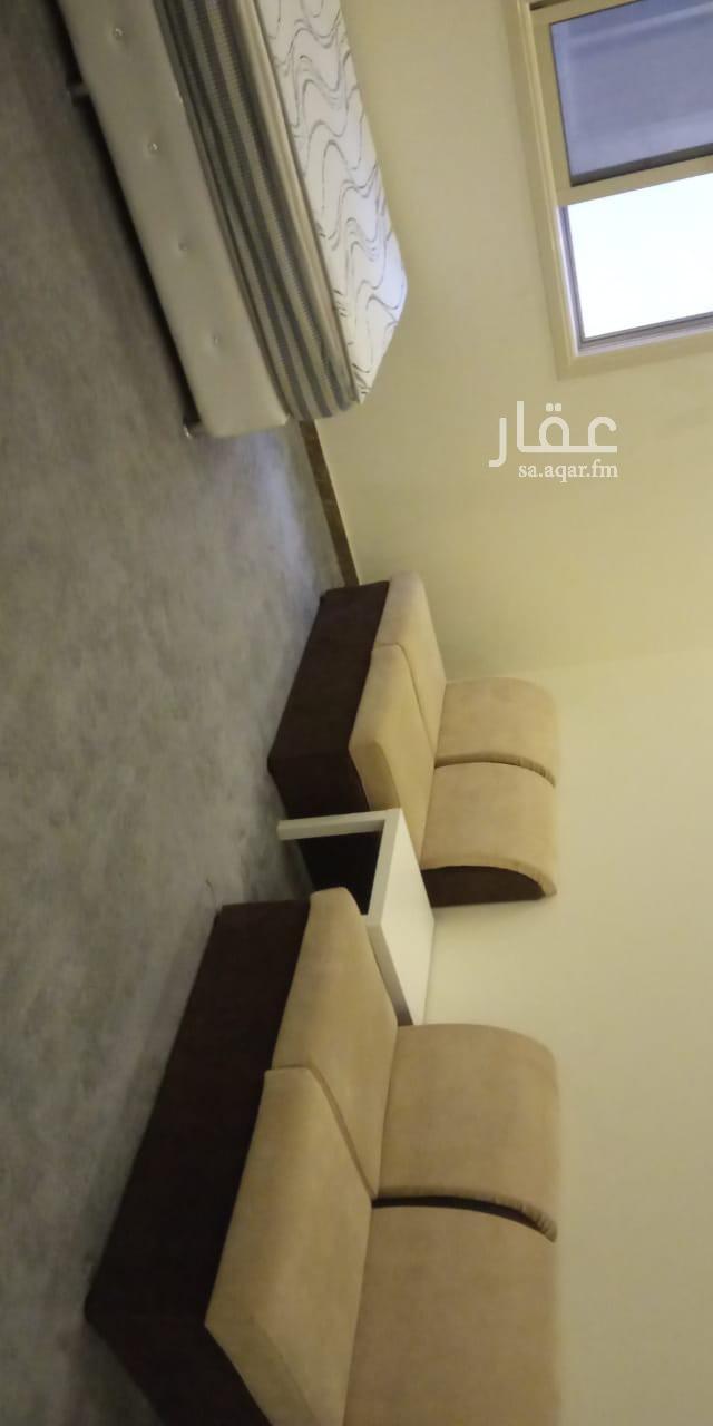 شقة للإيجار في شارع القيصوم ، حي الوادي ، الرياض