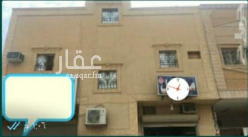 عمارة للبيع في شارع الدرعي ، حي العريجاء الغربية ، الرياض ، الرياض