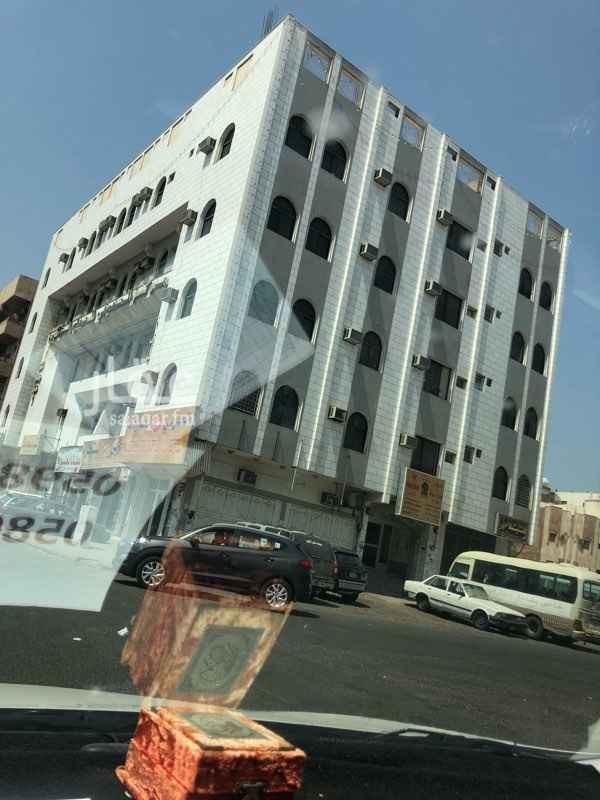 عمارة للإيجار في شارع المهاجر بن أبي أمية ، حي بني معاوية ، المدينة المنورة