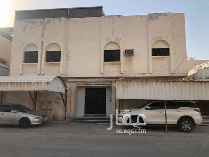 بيت للبيع في شارع عبد الرحمن بن عفيف ، حي بدر ، الدمام