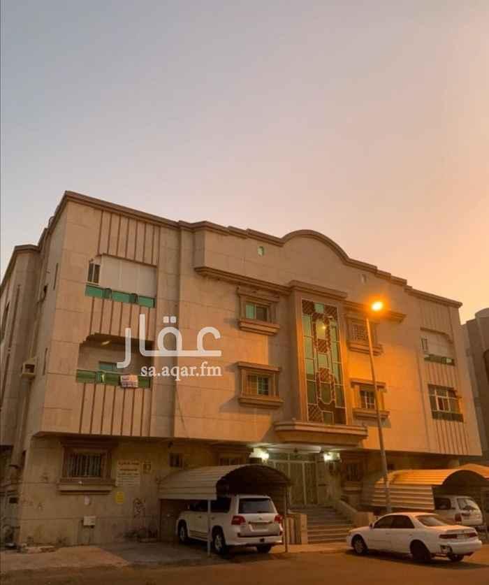 شقة للبيع في شارع عبدالرحمن بن ابي عقيل ، حي الصفا ، جدة ، جدة