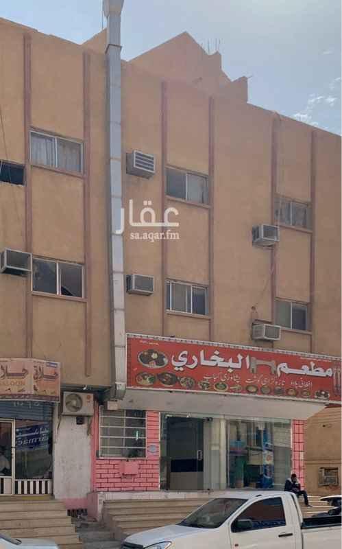 عمارة للإيجار في شارع الامام عبدالعزيز بن محمد بن سعود ، حي ام سليم ، الرياض ، الرياض