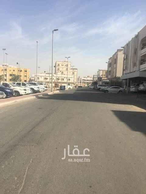 عمارة للبيع في شارع اسماعيل الاشبيلي ، حي الروابي ، جدة