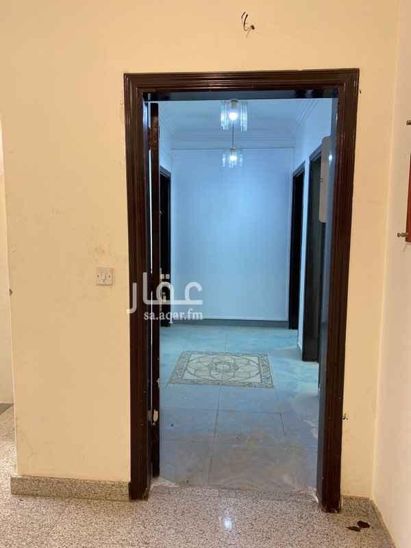 مكتب تجاري للإيجار في طريق عثمان بن عفان الفرعي ، حي الازدهار ، الرياض ، الرياض