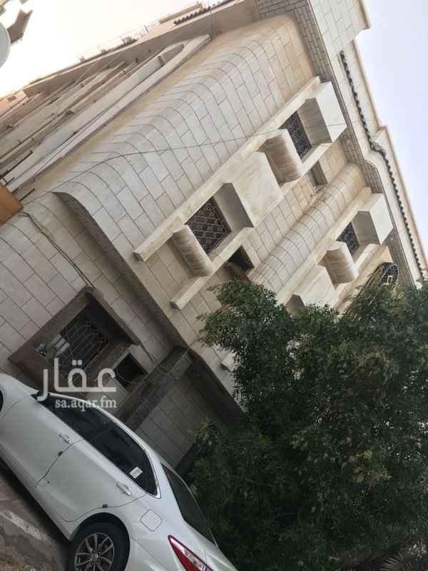 عمارة للإيجار في شارع الكري ، حي البوادي ، جدة